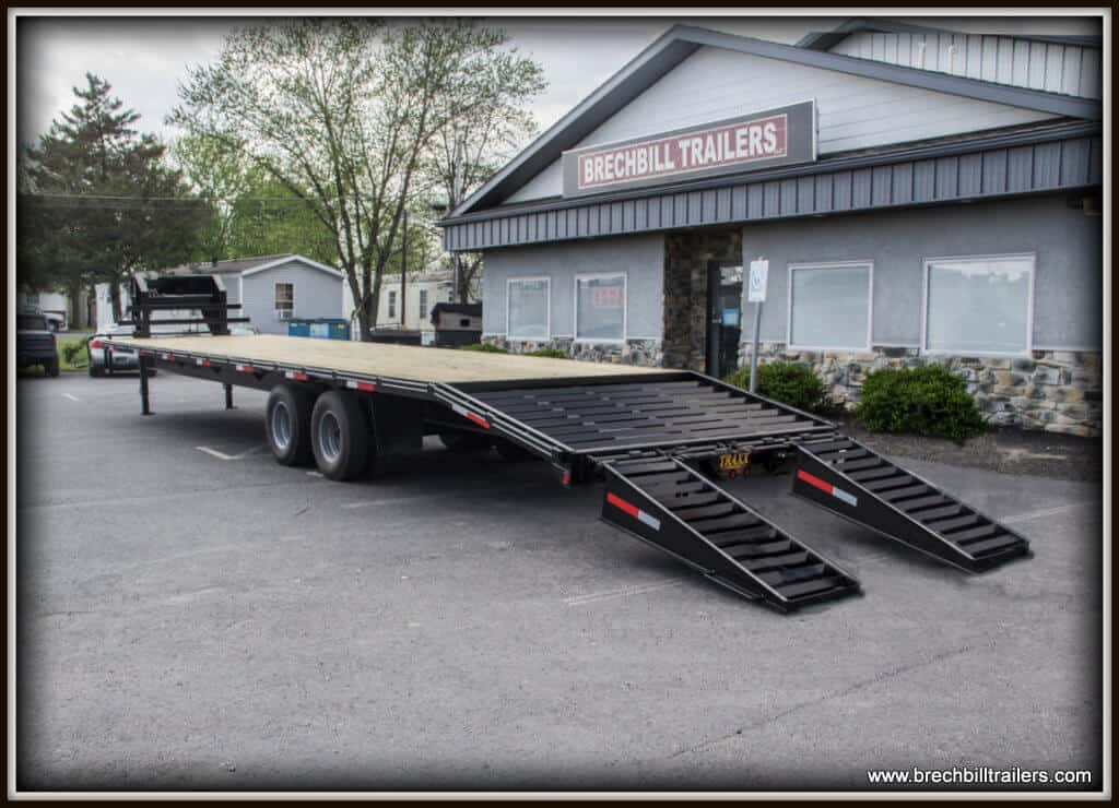 Traxx Goose-Neck Equipment Trailer