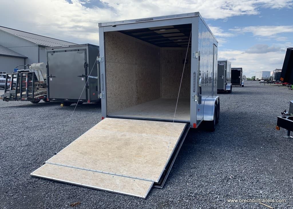 SILVER BRAVO ENCLOSED CARGO BOX TRAILER FOR SALE