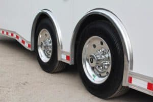 standard icon features bravo trailers